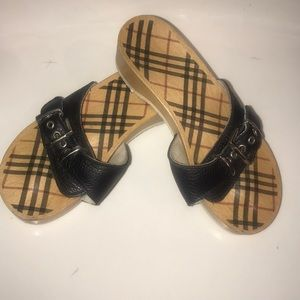 Burberry shoes size 5 wood used